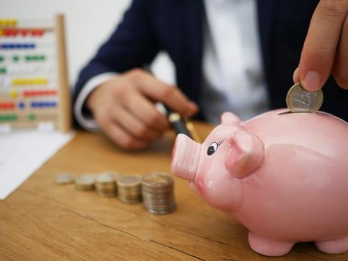 kaip pradeti taupyti pinigus